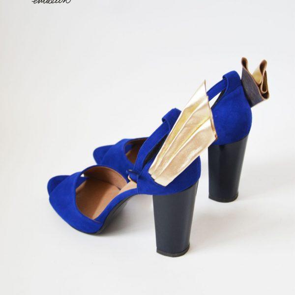 blue LOVE wings4